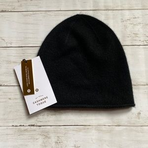 Lululemon My Dear Cashmere Toque